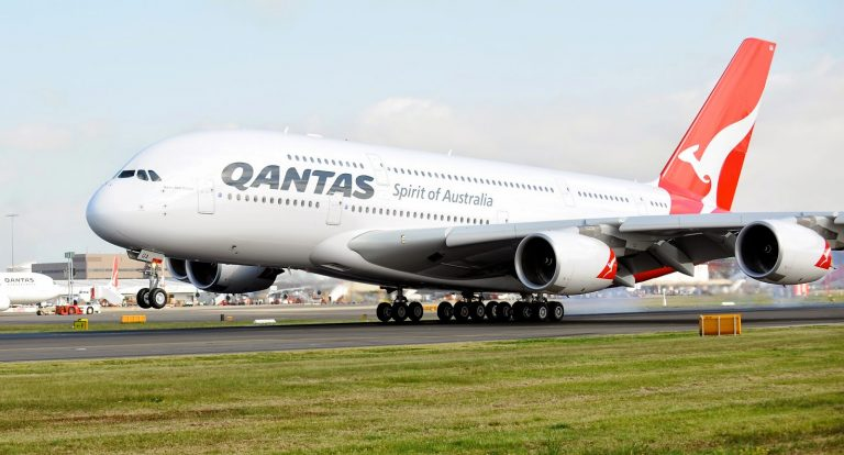 Why Qantas is Failing During Lockdown